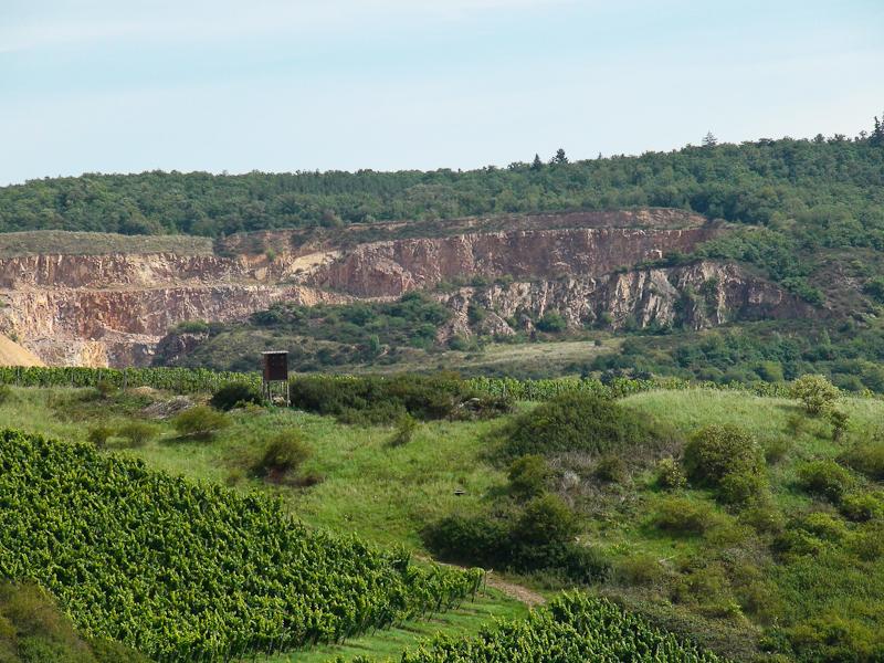 Norheim, Blick auf Steinbruch